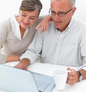 Ehepaar im Internet